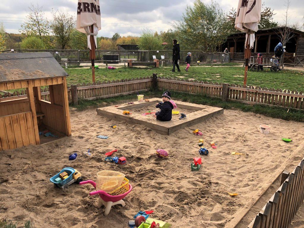 zoopark milíčov pískoviště